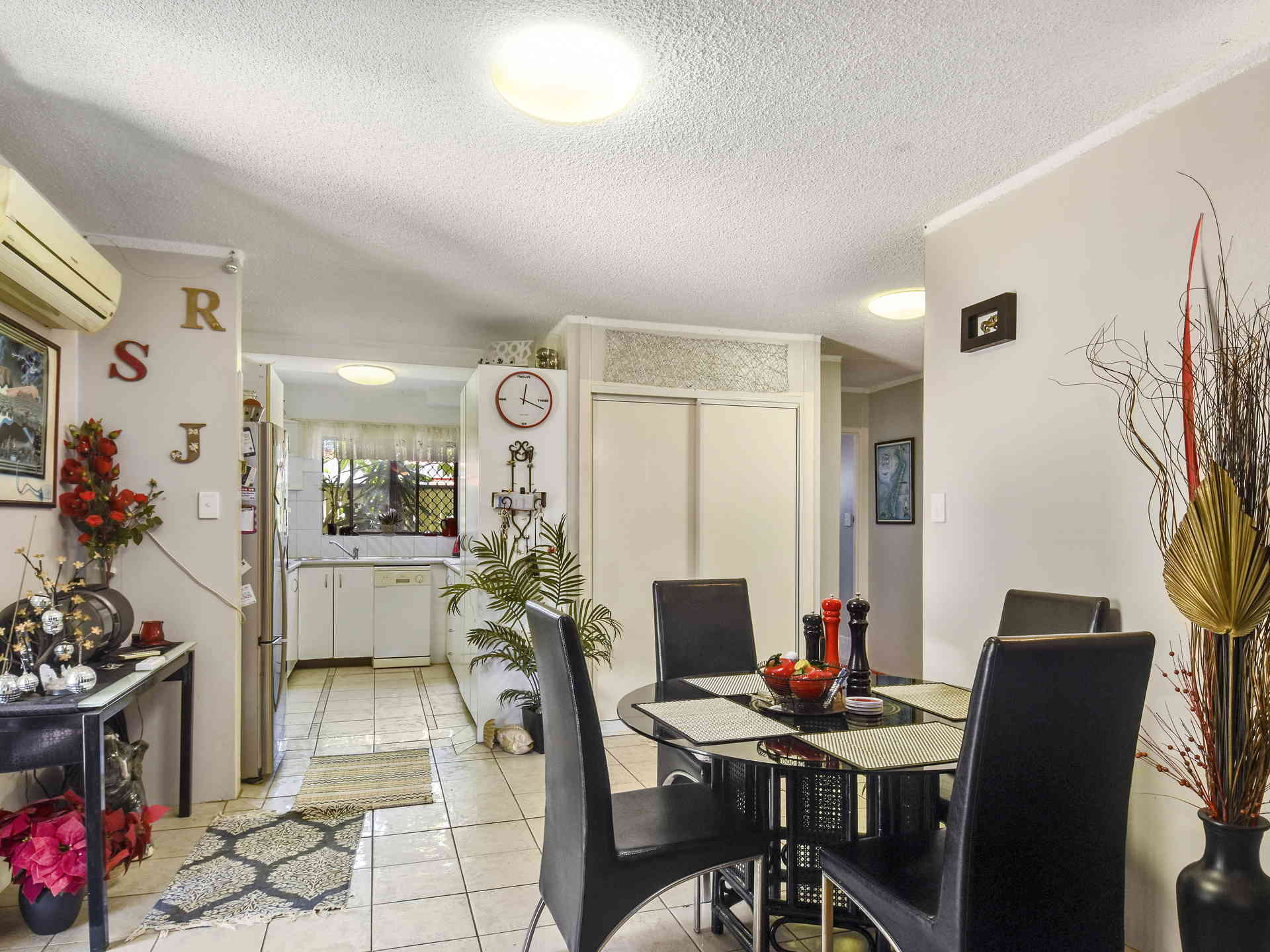 Real Estate   Gold Coast   Chevron Realty   20180109135010