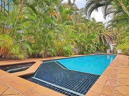 Real Estate | Gold Coast | Chevron Realty | Pool