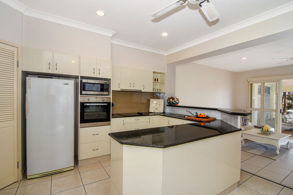 Real Estate | Gold Coast | Chevron Realty | 010 Open2view Id536628 133 Stanhill Drive