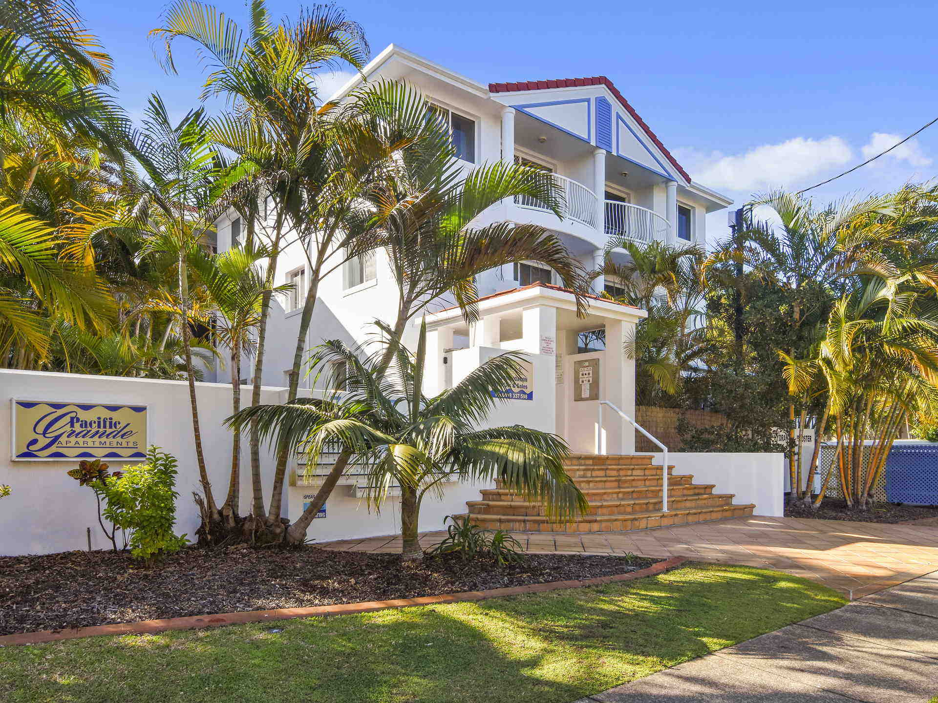 Real Estate | Gold Coast | Chevron Realty | 008 Open2view Id523271 49 7 17 Purli Street Chevron Island