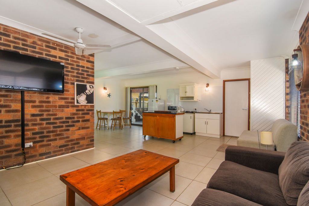 Real Estate | Gold Coast | Chevron Realty | 017 Open2view Id542661 267 Goldern Four Drive
