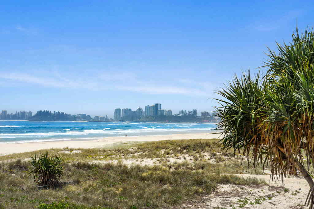 Real Estate | Gold Coast | Chevron Realty | 022 Open2view Id542661 267 Goldern Four Drive