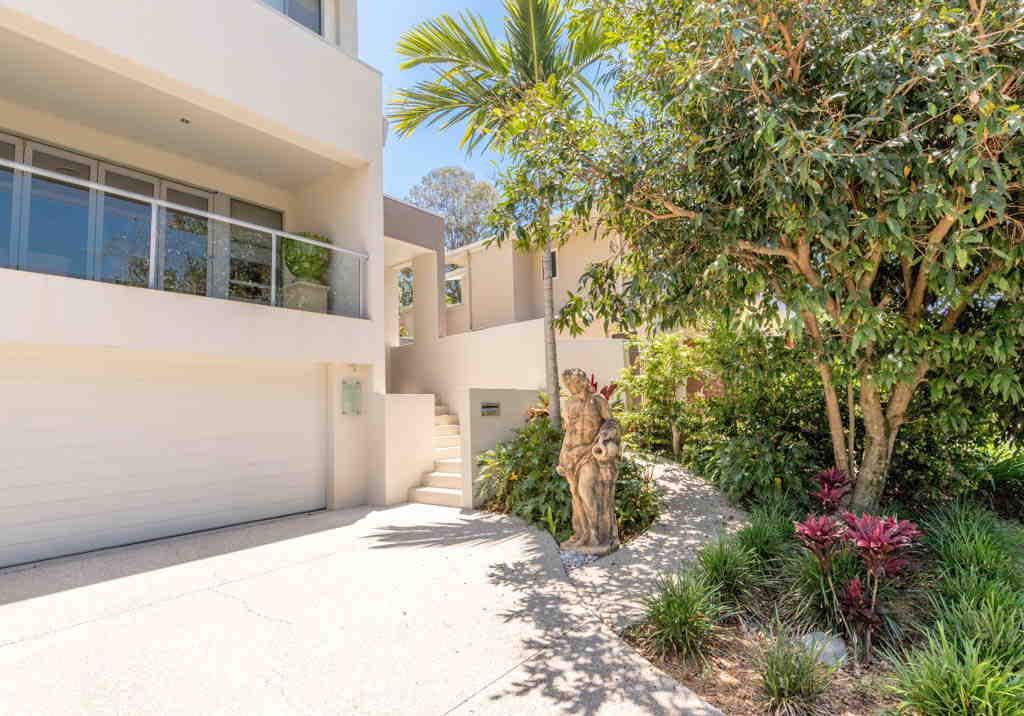 Real Estate   Gold Coast   Chevron Realty   Img 0615