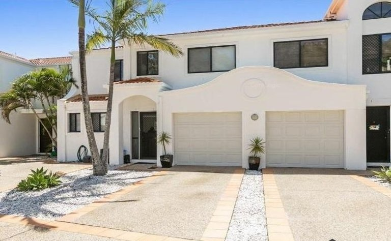 Real Estate   Gold Coast   Chevron Realty   Resize (12)
