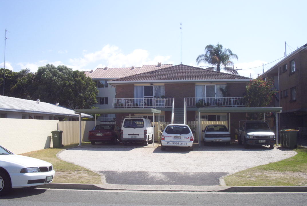 Real Estate | Gold Coast | Chevron Realty | 18weemala