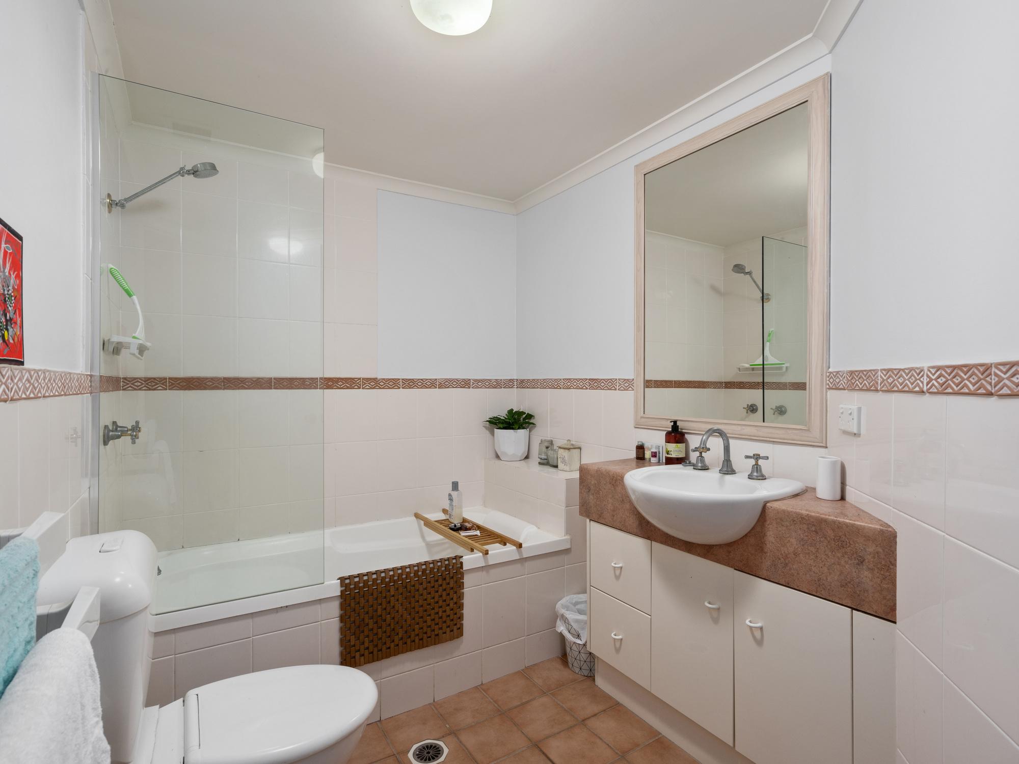 Real Estate | Gold Coast | Chevron Realty | 009 Open2view Id683962 3 10 16 Tarcoola Cresebt
